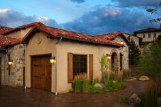italian farmhouses | Italian Farm House / 1_4Walk Up.jpg