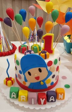 1 Year Old Birthday Party, 2nd Birthday Party Themes, Cupcake Birthday Cake, Baby Birthday Cakes, Baby First Birthday, Jasmin Party, 1st Birthdays, Pasta, Backdrops For Parties