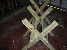 Use these free sawbuck plans to build your own folding sawbuck.  A step by step guide with pictures for easy assembly.