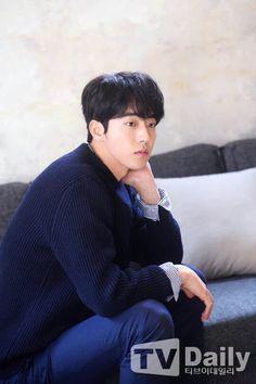 Nam Joohyuk 남주혁 USA (@NamJooHyukUSA) | Twitter Lee Hyun Woo, Lee Sung Kyung, Asian Actors, Korean Actors, Nam Joo Hyuk Wallpaper, Jong Hyuk, Joon Hyung, Nam Joohyuk, Cha Eun Woo
