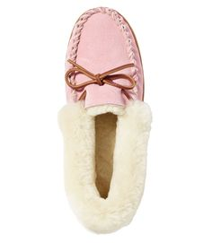 Find the best Women's Wicked Good Moccasins at L. Our high quality Women's Slippers are thoughtfully designed and built to last season after season. Pink Slippers, Womens Slippers, Wicked Good, Ll Bean, Shoe Shop, Leather Sandals, Moccasins, Amazing Women, Uggs