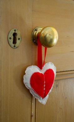 ENTRE ...  E deguste com os olhos e o coração. Com certeza, sua alma será tocada e adoçada!