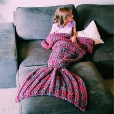 Artist Playfully Redesigns Cozy Blankets As Crocheted Mermaid Tails-66.28 | GearBest.com