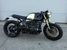 Cafe Racer Style, Bmw Cafe Racer, Cafe Racer Motorcycle, Motorcycle Paint Jobs, Bike Bmw, Cafe Racer Magazine, Bmw Boxer, Bmw Classic, Custom Bikes