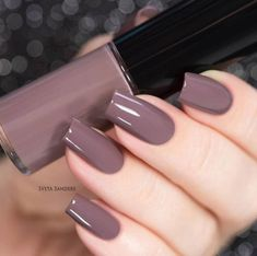 73 Most Stunning Dark Nails Inspirational Ideas ( Acrylic Nails, Matte Nails) ♥ - Page 37 of 73 - Diaror Diary Neutral Nail Polish, Best Nail Polish, Nail Polish Colors, Classy Nails, Trendy Nails, Simple Nails, Nail Paint Shades, Nagellack Trends, Manicure E Pedicure