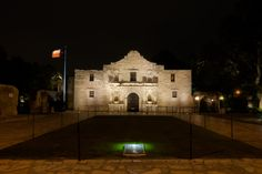 San Antonio makes for a perfect weekend trip! Check out the historic Alamo and stroll along the River Walk.