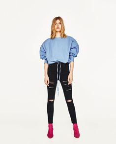 ZARA - WOMAN - HIGH RISE JEANS WITH RIPS