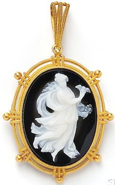 Brooch/Pendant; Antique, Italian, Carli (A), 18K Gold & Cameo, Classical Maiden in Flowing Garments. C. 1900