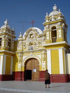 Distrito del Carmen en Chincha Alta, Ica. Perú.