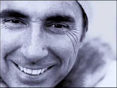 """Lluís Llach - Que tinguem sort """"One of the best songs in catalan"""""""