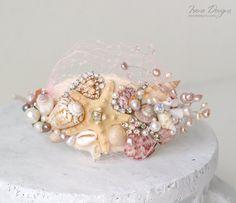 Diadema de concha. Pedazo principal de la boda. por IrenDesigns