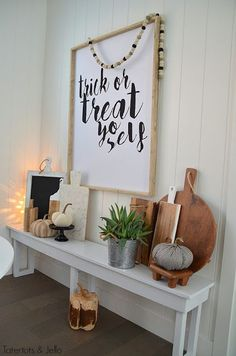 20 Neutral Fall Farmhouse Decor Ideas - The Organized Dream