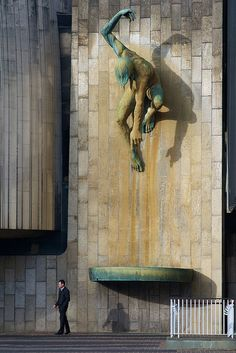 Bronze sculpture of the River-God Tyne by David Wynne mounted on the wall of the Civic Centre, Newcastle-upon-Tyne, England #streetart jd