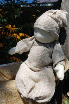 Waldorf Style baby doll par RusticPebble sur Etsy
