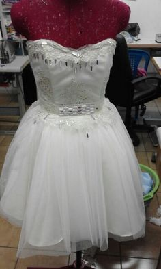 Prom Dresses, Formal Dresses, Fashion Studio, Special Events, Bride, Design, Dresses For Formal, Wedding Bride, Prom Gowns