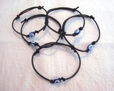Evil Eye Adjustable Black or Red Cord Bracelet Greek Turkish Nazar Mati Protection €2,32 EUR LuckOfTheEye  Regalitos de Marta en Etsy