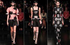 アレキサンダー · マックイーンの 2015年コレクション 01 を着用する準備ができてガレージ若手パリのファッション週間春夏 380