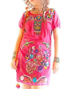 Rosa Mexicano Vestidos bordados Mexicanos de Aida por AidaCoronado