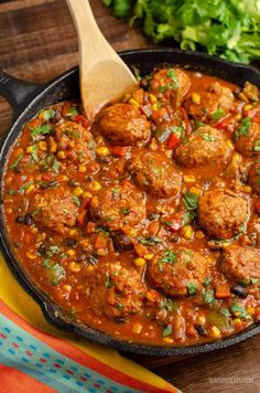 Syn Free Southwestern Turkey Meatballs - delicious turkey meatballs in a amazing spicy Southwestern Style Sauce with black beans, corn and veggies. Gluten Free, Dairy Free, Slimming World and Weight Watchers friendly. Cooking Recipes, Healthy Recipes, Healthy Turkey Mince Recipes, Cooking Ideas, Skillet Recipes, Savoury Recipes, Meat Recipes, Healthy Meals, Free Recipes
