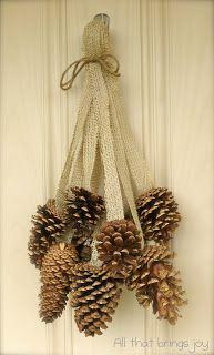 Hermosas maneras de decorar con los conos del pino en esta Navidad