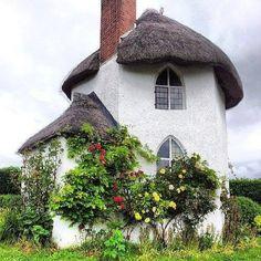 Cottage. Beautiful!