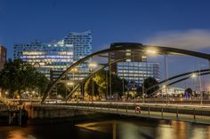 Niederbaumbrücke vor der Elbphilharmonie | Bildschönes Hamburg