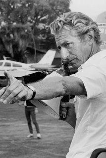 John Guillermin. British director, writer and producer, 11.11.1925, London - 27.9.2015, Topanga Canyon.