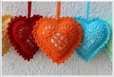 Herz-Anhänger häkeln // Deko-Herz häkeln