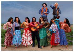 Romani Gypsy musical band and magazine Svenko Gypsy Life, Gypsy Soul, Gypsy Musical, Romanian Gypsy, Santa Sara, Gypsy People, Gypsy Culture, Moda Hippie, Gypsy Women