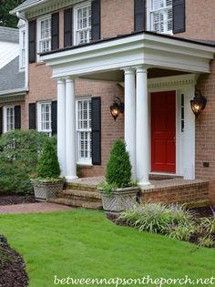 Who doesn't love a beautiful front porch? We are your portal for front porch designs, front porch ideas and more. Visit our galleries of porch pictures. Front Porch Addition, Front Porch Columns, Front Porch Design, Porch Entrance, Front Porches, Veranda Design, Brick Walkway, Porch Steps, Traditional Landscape