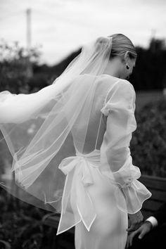 Simple Wedding Veil, Chic Wedding, Dream Wedding, Wedding Story, Bridal Makeup Looks, Bridal Looks, Bridal Dresses, Wedding Gowns, Byron Bay Weddings