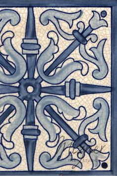 For unique custom painted tiles, Mizner Tile Studio creates hand painted tiles in Spanish, Mediterranean, historic, Portuguese and nautical tile patterns. They are a beautiful addition to home design spaces such as kitchen back splashes, bathroom showers and tubs, floors, and stair risers. These ceramic tiles are also a lovely addition to entry ways and pool tiles. #miznertilestudio #tiledesign #handpaintedtiles