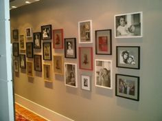 Corredor com porta-retratos | Minha Casa Minha Paixão