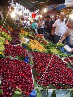 Streetlife.  Open market kadikoy Istanbul