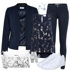 de The post practicality Outfit Herbst-Outfits bei FrauenOutfits.de 2019 appeared first on Outfit Diy. Komplette Outfits, Casual Skirt Outfits, Blazer Outfits, Fall Outfits, Fashion Outfits, Womens Fashion, Look Fashion, Urban Fashion, Denim Fashion