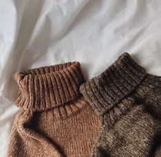 Danielle Victoria, Oliver Wood, Quoi Porter, Brown Aesthetic, Autumn Aesthetic, Hermione Granger, Sweater Weather, Just In Case, Urban Outfitters