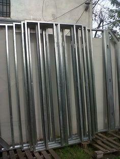 Taringa! Hice mi casa en Steel Framing y quiero compartirlo Steel Framing, Radiators, Home Appliances, Construction, Outdoor Structures, Wood, Drywall, Frame, Internet