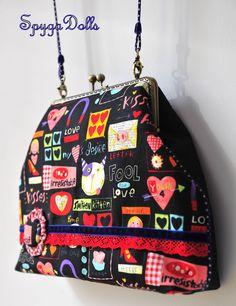 Monday Bag Love & Kisses http://spygadolls.blogspot.com.es/2012/09/coleccion-fall-winter-1213.html