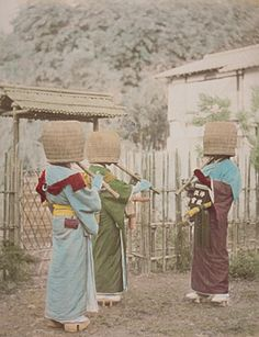 Japanese Komuso Buddist monks playing shakuhachi wear a basket as they wander for meditation or alms. The basket indicates the absence of ego.