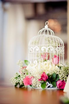 LovelyIdeas BeautifulRomance Bird Cage Centerpiece, Floral Centerpieces, Wedding Centerpieces, Floral Arrangements, Wedding Decorations, Table Decorations, Deco Floral, Floral Design, Bird Cages