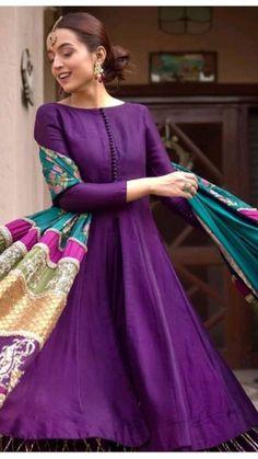 Asian Wedding Dress Pakistani, Pakistani Fashion Party Wear, Pakistani Dresses Casual, Pakistani Dress Design, Dress Indian Style, Indian Fashion Dresses, Indian Designer Outfits, Hijab Fashion, Stylish Work Outfits