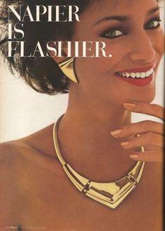 Pictures of Beautiful Women: November 2010 Jewelry Ads, Jewelry Branding, Fashion Jewelry, Jewlery, Vintage Costume Jewelry, Vintage Costumes, Vintage Jewelry, Vintage Advertisements, Vintage Ads