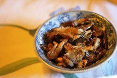 Cogumelos com queijo http://grafe-e-faca.com/pt/receitas/entradas-petiscos/entradas/cogumelos-com-queijo/