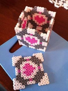 Perler Bead Companion Cube! (Totally making this for TJ & Michaela... I think I'm gonna put happy memories inside it)