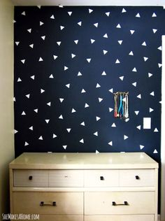 * She Makes a Home *: DIY Patterned Faux Wallpaper