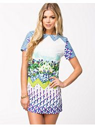 GRAPHIC NELLY DRESS