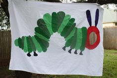 This listing is for a Very Hungry Caterpillar picture cut out hanging sign.This is a great activity to have during your party. Birthday Pins, Baby First Birthday, 1st Birthday Parties, Birthday Ideas, Caterpillar Pictures, Hungry Caterpillar Party, Bday Girl, Hanging Signs, Preschool Crafts
