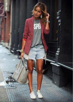 Denim shorts + Converse + Blazer