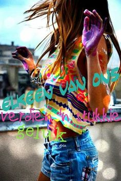 Have a paint fight-Bucket List Festival Outfits, Festival Fashion, Festival Style, Zumba, Surf, Hippie Life, Hippie Style, Aztec Designs, Summer Of Love