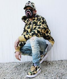 You can't see me, but I see you, LAWD!!!  #LastBapeOutfitOfTheCentury #DarkSummer
